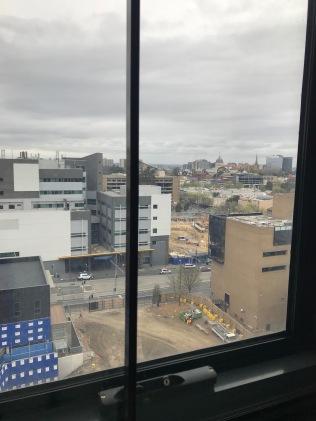 """Utsikt från arbetsrummet, notera hur """"lågt"""" Melbourne är"""