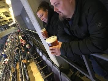 billigaste platserna på arenan, man fick inte ens en stol